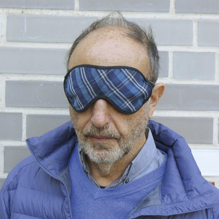 Das Bild zeigt ein Portrait von Roger BallenRoger Ballen von Freddy Langer