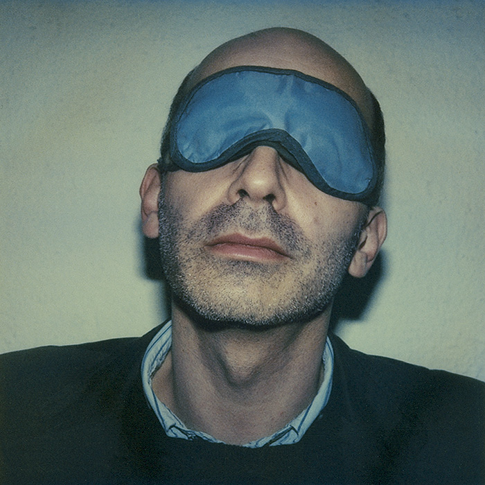 Das Bild zeigt ein Portrait von Maxim Biller von Freddy Langer