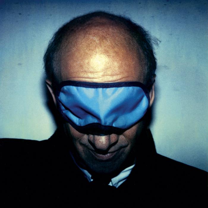 Das Bild zeigt ein Portrait von Luc Bondy von Freddy Langer