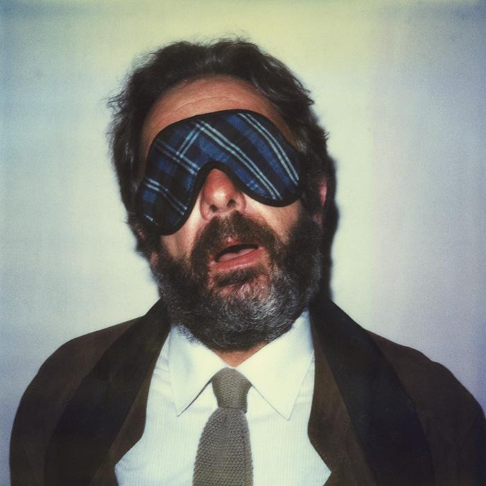 Das Bild zeigt ein Portrait von Arnulf Rainer von Freddy Langer