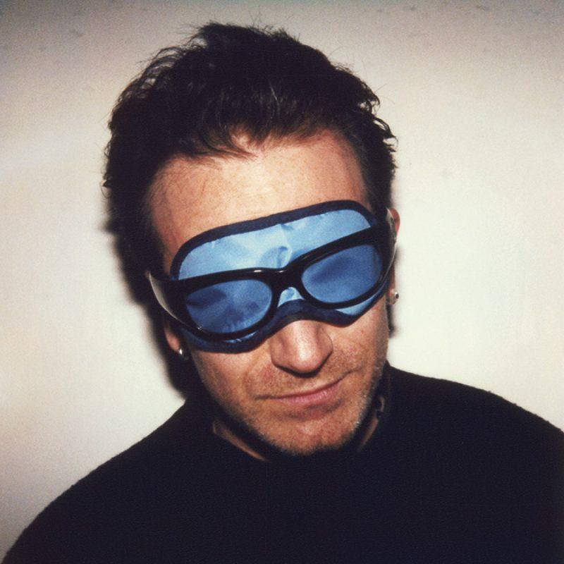 Das Bild zeigt ein Portrait von Bono von Freddy Langer