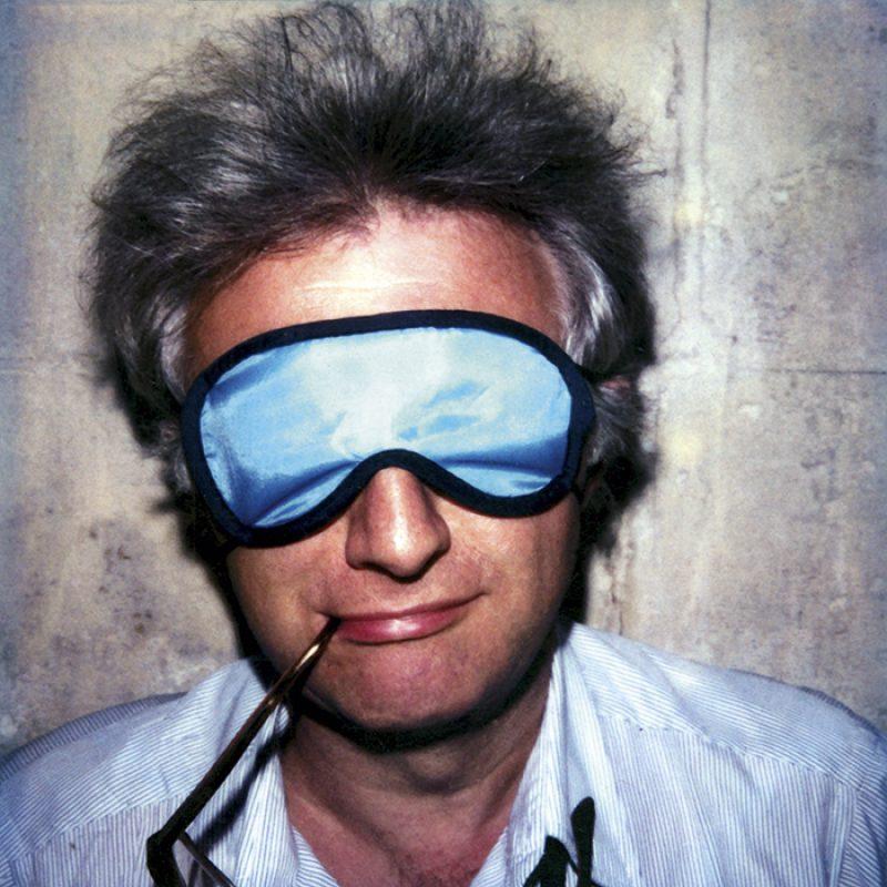 Das Bild zeigt ein Portrait von Lucien Clergue von Freddy Langer