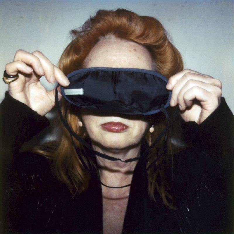 Das Bild zeigt ein Portrait von Rebecca Horn von Freddy Langer