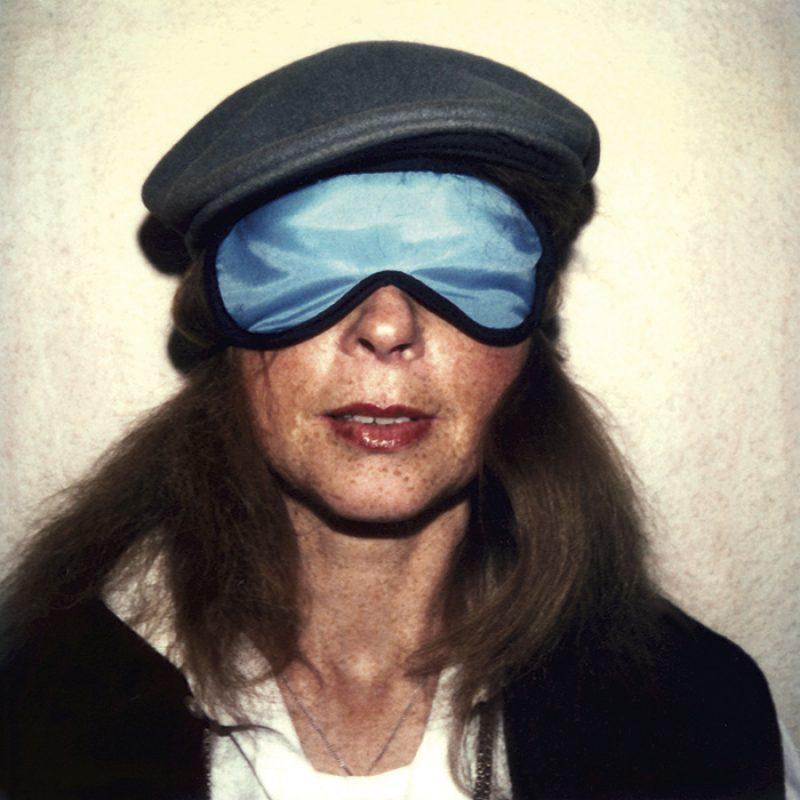 Das Bild zeigt ein Portrait von Herlinde Koelbl von Freddy Langer