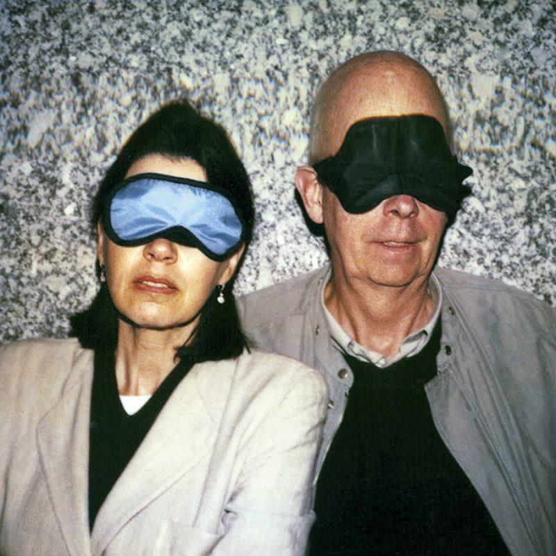 Das Bild zeigt ein Portrait von Coosje van Bruggen & Claes Oldenburg von Freddy Langer